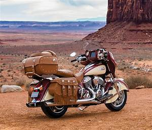 2017 Indian Roadmaster Classic - The Awesomer