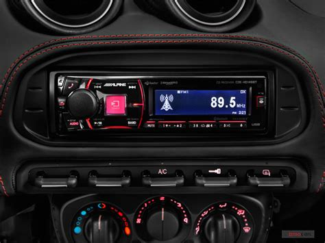 2017 Alfa Romeo 4c Interior