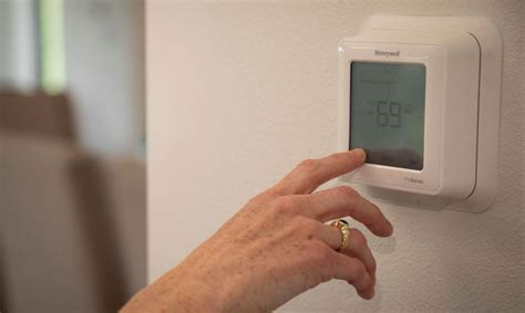 Global Residential Smart Thermostats Market 2020 Trends ...