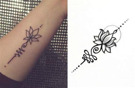 spirituelle symbole tattoos buddhistische symbole bedeutung unalome handgelenk lotus t 228 towierungen