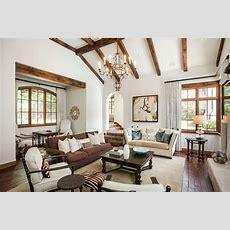 16 Stupendous Mediterranean Living Room Designs You Must