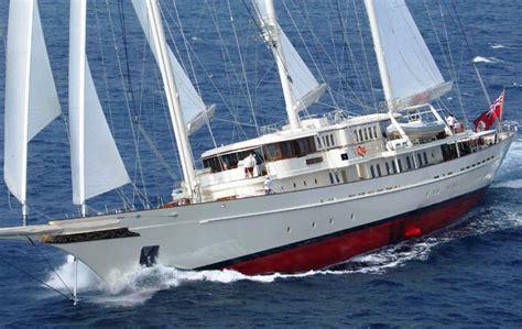 Zeiljacht Les by Sailing Yacht Athena A Gentleman S Superyacht