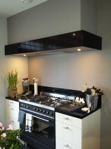 galley kitchen for door decosier op maat gemaakte koof voor afzuigkap 1412 3703