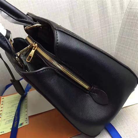 louis vuitton  noir montaigne bb mempnoir monogram empreinte leather