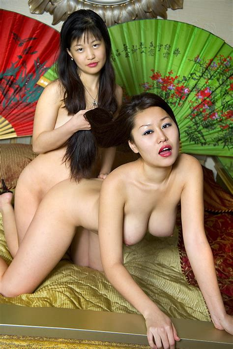 Two Hot Asian Lesbians Posing Naked In Bed — Asian Sexiest