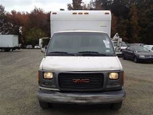 Sell New 1999 Gmc Savana 3500 Base Cutaway Van 2