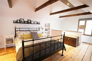 awesome chambre mansardee avec poutre images lalawgroup With exceptional deco maison avec poutre 9 la poutre en bois dans 50 photos magnifiques