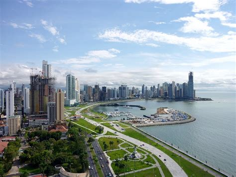 Analysts Predict Robust Economic Growth for Panama ...
