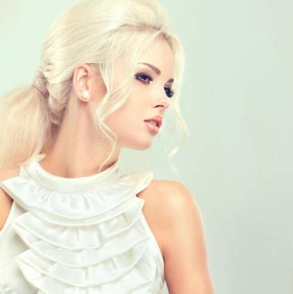 blonde hair styles gallery