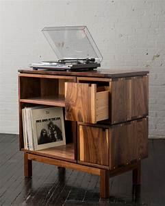 Meuble Platine Vinyle Vintage : ranger ses vinyles s lection meuble vinyle rangement pour platines ~ Teatrodelosmanantiales.com Idées de Décoration