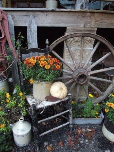 Fall Decorating Ideas Wagon Wheel