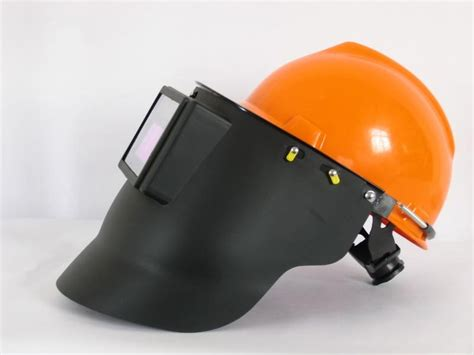 Different Types Of Welding Helmets That Are Important For