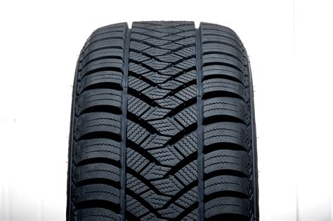 avis  tests maxxis ap  seasons pneus equipement