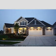 Traditional Style House Plan  4 Beds 25 Baths 2196 Sqft