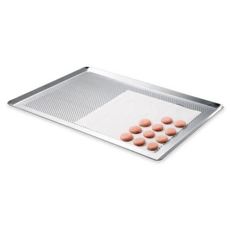 organisation cuisine professionnelle plaque à pâtisserie micro perforée professionnelle en