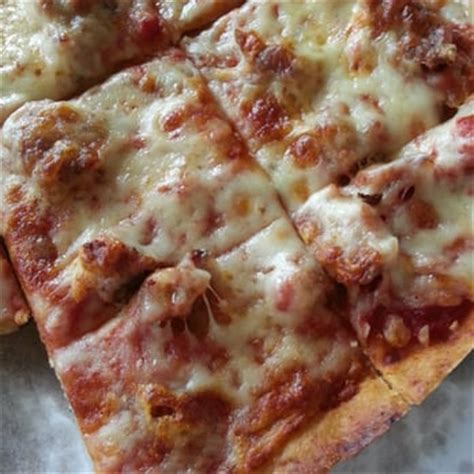 white cottage pizza coupons lou malnati s pizzeria 14 photos 23 reviews elgin