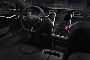 Tesla Porte Papillon : tesla ne propose desormais plus de sieges en cuir sur ses vehicules ~ Nature-et-papiers.com Idées de Décoration
