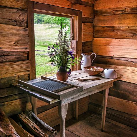 cabin decor our favourite log cabin decor ideas
