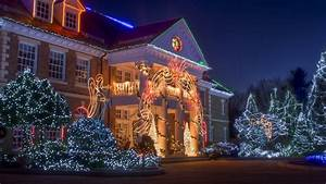 Christmas House Wallpapers
