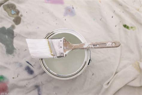 open  close  paint    mess