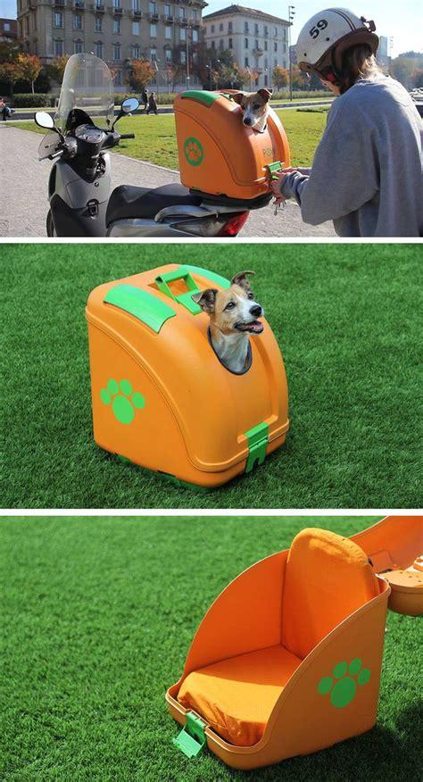 hard shell pet carrier   designed  transport pets  scooters design  pets