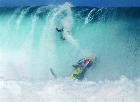 wipeout surf surfing wipeouts surfer wipe wave jet waves going bad ski ugly maya times gabeira down fall experience jetski
