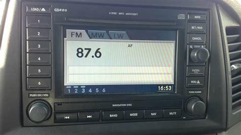 jeep grand cherokee wk   stereo sat nav radio