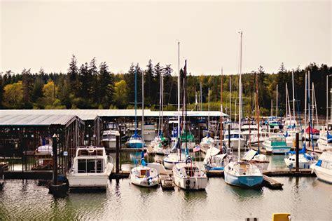 Boat Mooring In Seattle by Looking For Moorage Of Seattle Think La