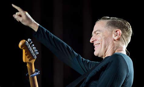 Bryan Adams, Russell Peters Step In To Host Juno Awards