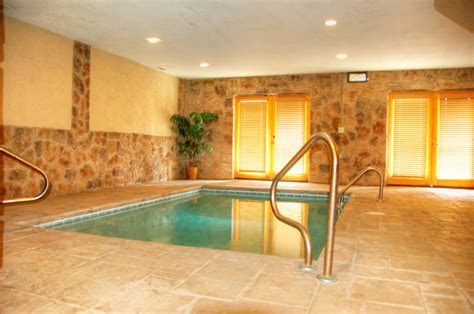 gatlinburg cabins with indoor pools gatlinburg tn and pigeon forge cabin rentals in the smoky
