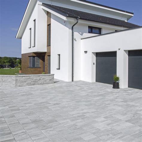 Pflastersteine Einfahrt Modern friedl steinwerke pflastersteine bodenplatten zaun und