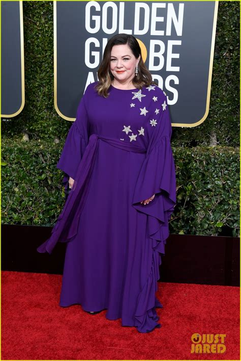 melissa mccarthy handed  ham sandwiches  guests