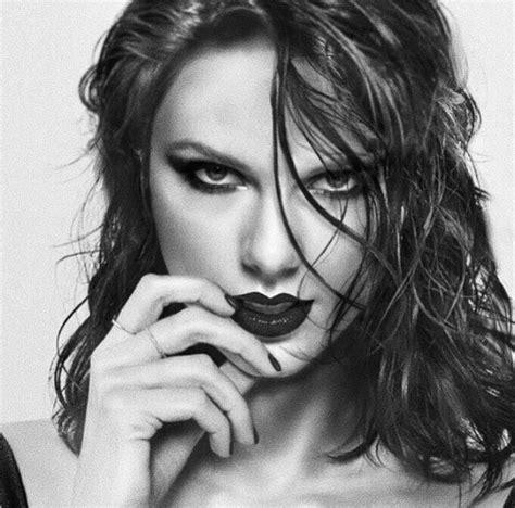 Dark Tay | Taylor swift hot, Taylor swift, Taylor swift ...