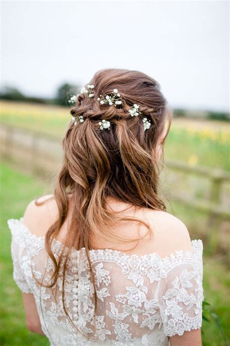 Best 25  Rustic wedding hairstyles ideas on Pinterest