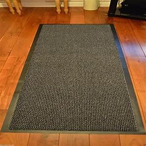 Gummi Teppich Meterware : teppiche teppichboden von funkybuys und andere wohntextilien f r flur online kaufen bei ~ Markanthonyermac.com Haus und Dekorationen