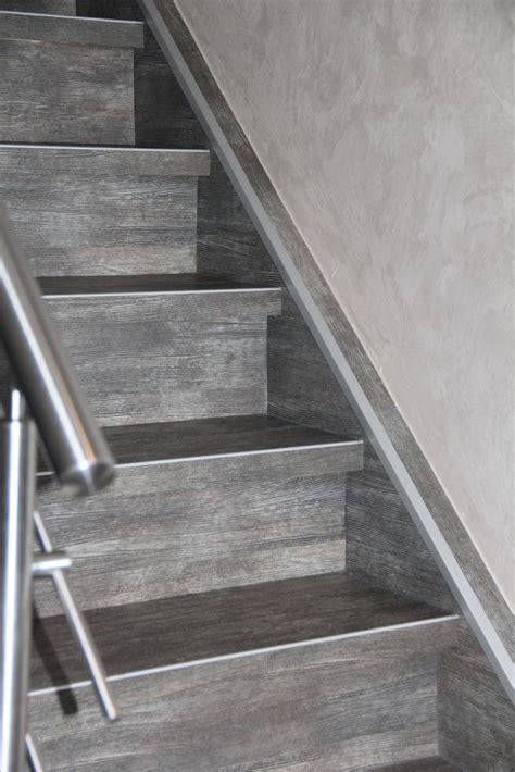 Pvc Boden Auf Treppe Verlegen by Boden Treppen Klusmeyer Malerfachbetrieb