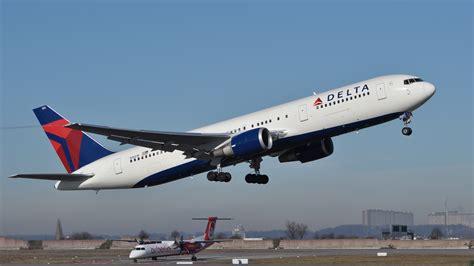 File:Delta Air Lines B767-3P6-ER N1501P EDDS 2011.jpg