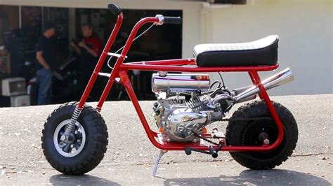 Mini Bike Mayhem! Taco Mini Bikes Custom Hot Rod Bike! Hot