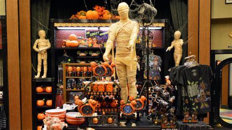 villains  vogue   halloween merchandise decor