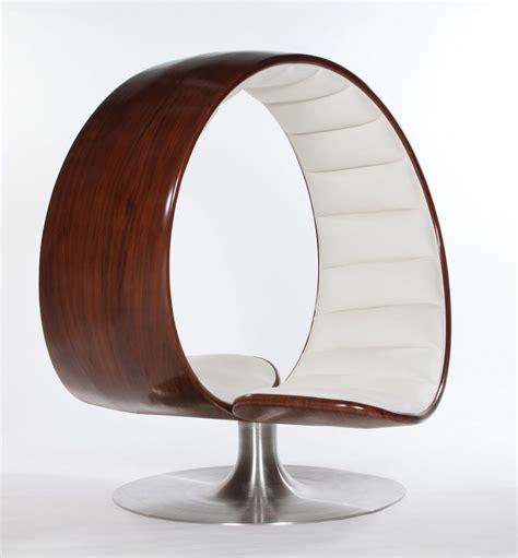 chaise designe the hug chair by gabriella asztalos shelby white the