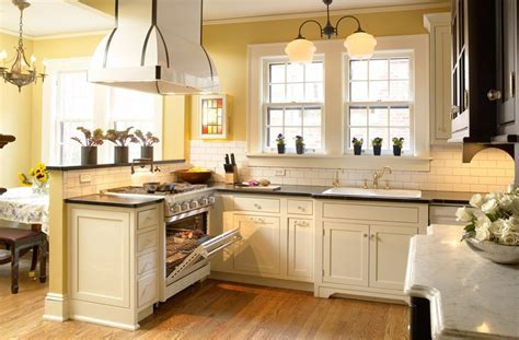 Decorate Your Kitchen with Vintage Kitchen Cabinets   My