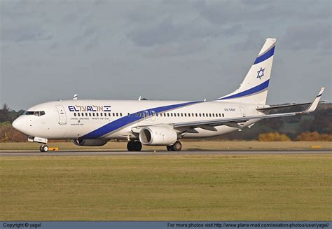 Photo 10333 - El Al Israel Airlines Boeing 737-8HX 4X-EKH at London Luton - Plane Mad