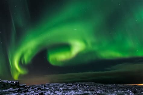 best place to see northern lights in iceland the best time to see the northern lights in iceland