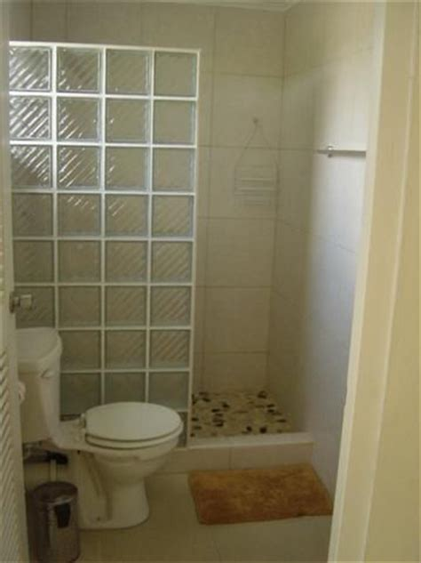 Shower Designs For Small Bathrooms by Small Walk In Showers Images Not A Fan Of The See