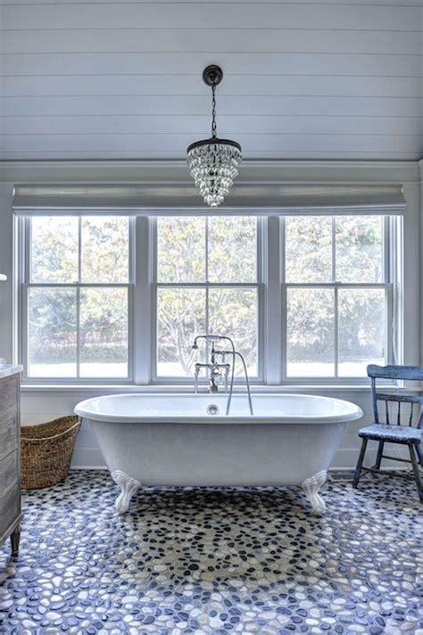 Bathroom With River Rock Floor Design Ideas
