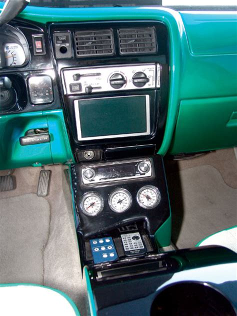 custom  toyota tacoma feature truck mini truckin