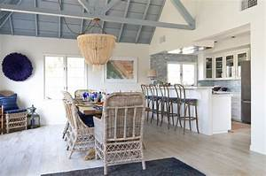 Beach Cottage in Oceanside - Beach Style - Dining Room