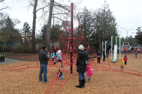 cook playground at beacon hill park wins success by 721 | IMG 2077FB%20little%20kids%20on%20red%20climber