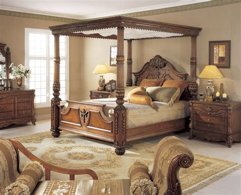 orleans international  pc renaissance king poster bed