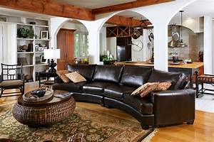 Astonishing curved leather sectional sofa decorating ideas for Brown leather sectional sofa decorating ideas